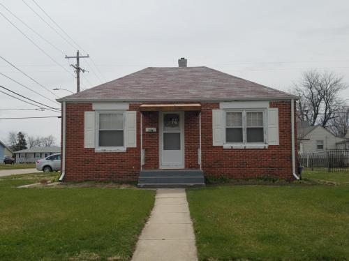 746 E 5th Street Photo 1
