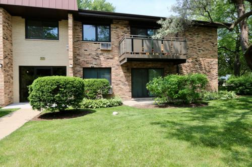 2628 N Windsor Drive #104 Photo 1