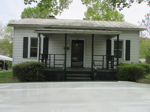 18 Oak Ridge Avenue Photo 1