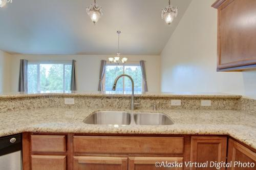 10322 Valley Park Drive Photo 1
