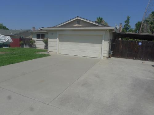3209 Meadowbrook Road Photo 1