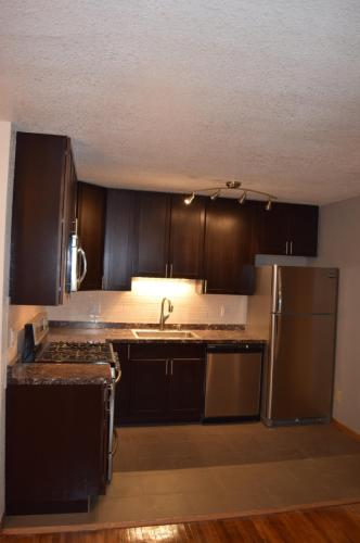 319 8th Street SE Photo 1