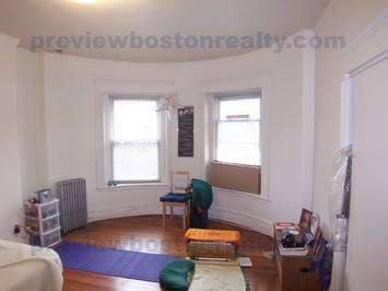 1589 Beacon Street Photo 1