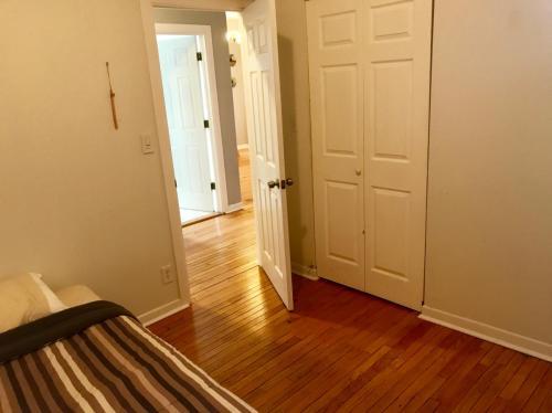 3558 W Cortland Street Photo 1