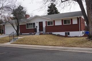8038 E Jefferson Avenue Photo 1