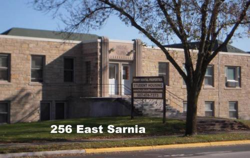 256 E Sarnia Street Photo 1