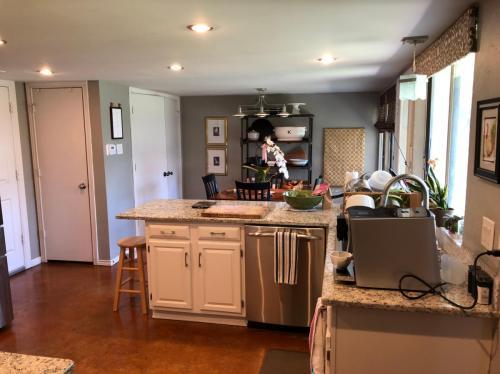 1708 Elk Grove Drive Photo 1