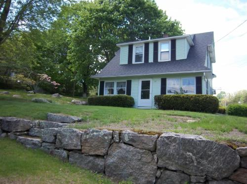 91 Lathrop Road Photo 1