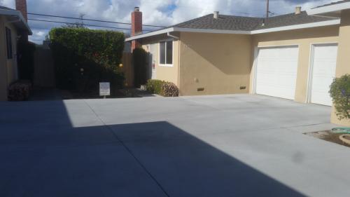 2095 Casa Mia Drive Photo 1