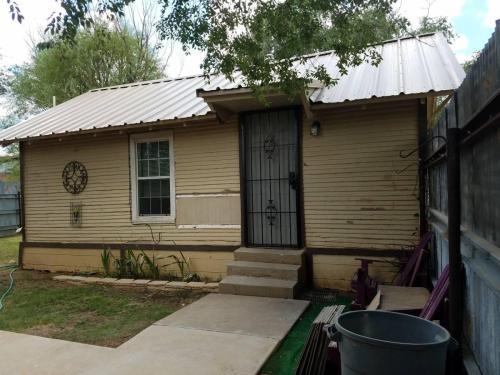 1711 24th Street #REAR HOUSE Photo 1
