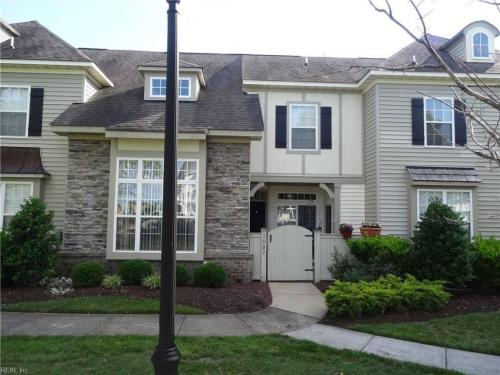1507 Broad Water Arch Photo 1