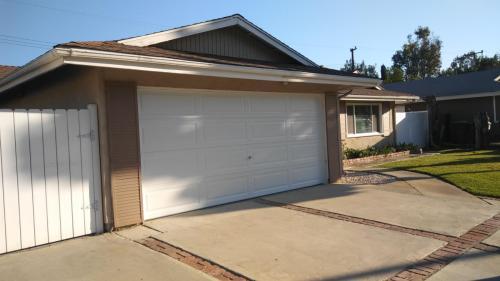 1130 N Mariposa Drive Photo 1