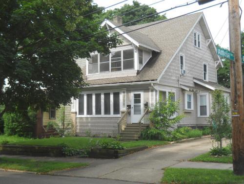 104 Burton Avenue #2 Photo 1