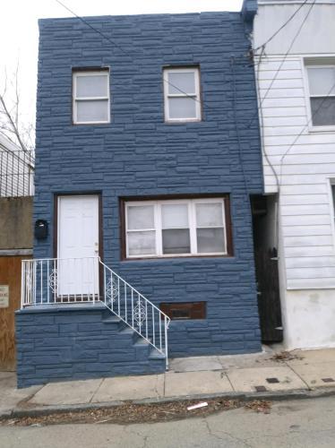 4444 Elizabeth Street Photo 1