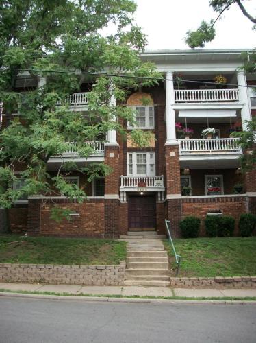 3803 Pennsylvania Avenue #2N Photo 1