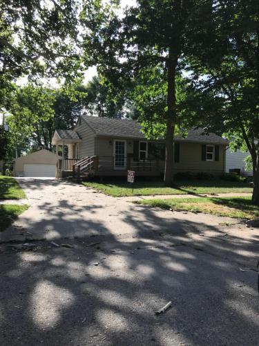 114 SW Kline Street Photo 1