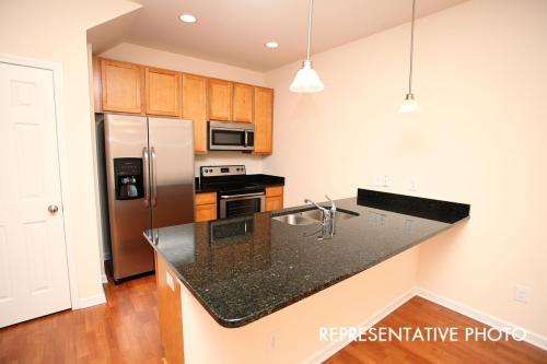 4508 Sabin Street Photo 1
