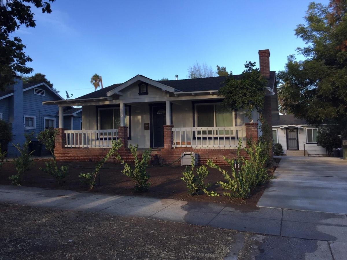 142 S Parkwood Avenue Pasadena Ca 91107 Hotpads