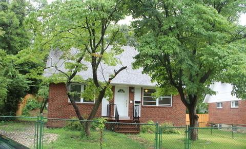 4064 Uline Avenue Photo 1