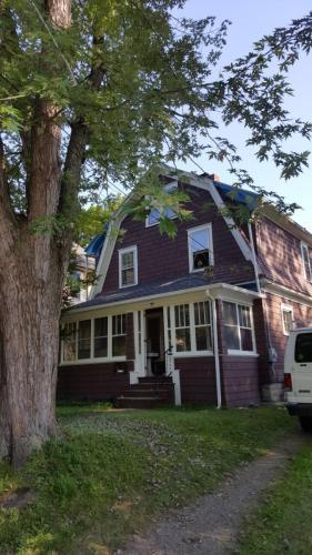 15 Spruce Street Photo 1