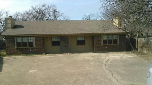 107 East Place Photo 1
