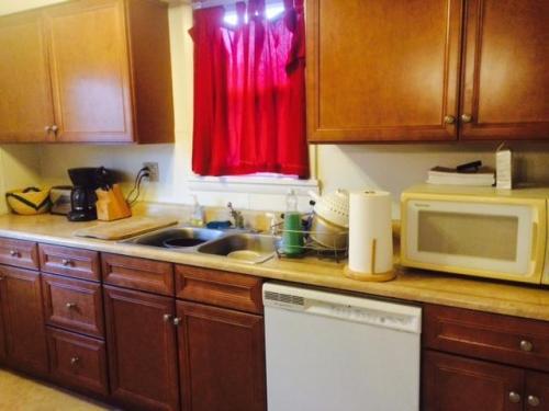 3487 Beechwood Boulevard #HOUSE Photo 1