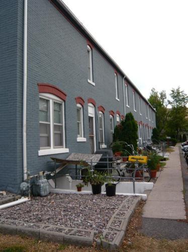 438 Washington Street Photo 1