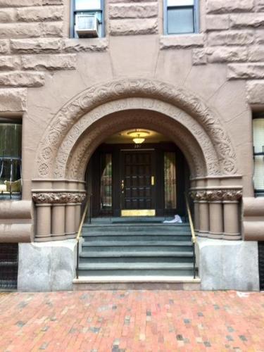 330 Dartmouth Street #1A Photo 1