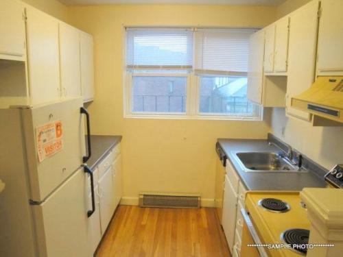 396 Highland Avenue Photo 1