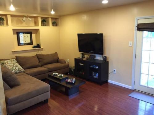 720 N 20th Street Photo 1