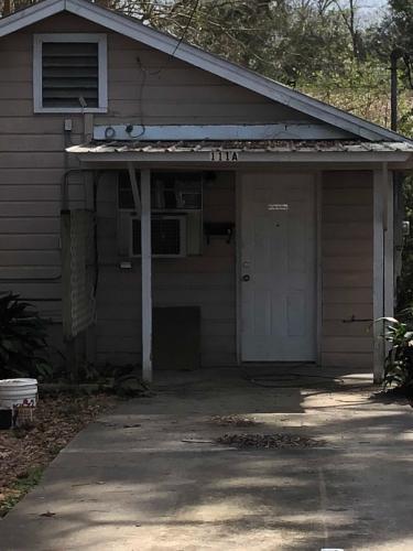 111 Rosewood Drive #B Photo 1