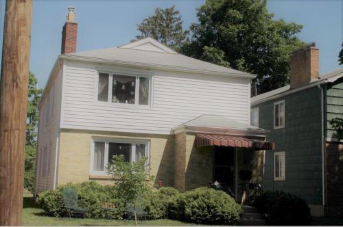 1452 Ashland Avenue Photo 1
