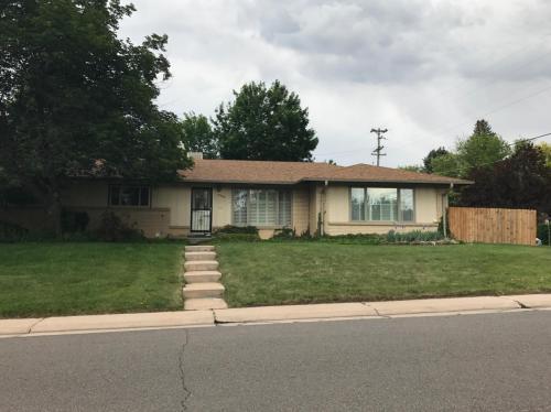 5580 E Mansfield Avenue Photo 1