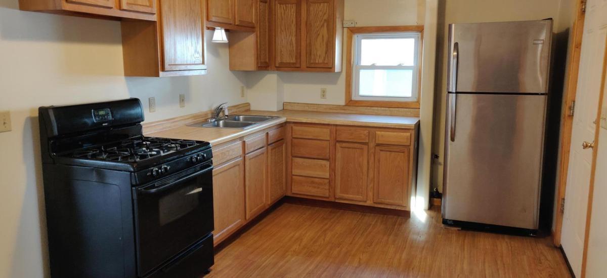 Kitchen 2531 30th Avenue S