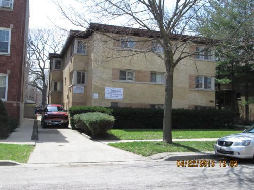 810 Seward Street Photo 1