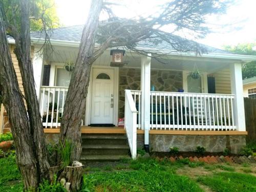 414 Wright Road Photo 1