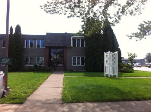 614 Hammond Avenue Photo 1