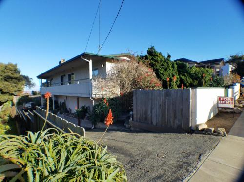 644 Pine Street Monterey Ca Photo 1