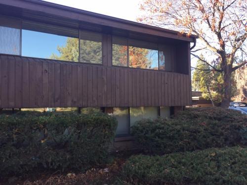 2717 N Edgewood Drive Photo 1