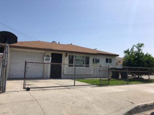 6624 Perry Road Photo 1