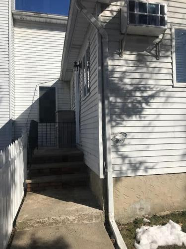 400 Yetman Avenue Photo 1