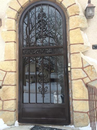 Colfax Avenue S Photo 1