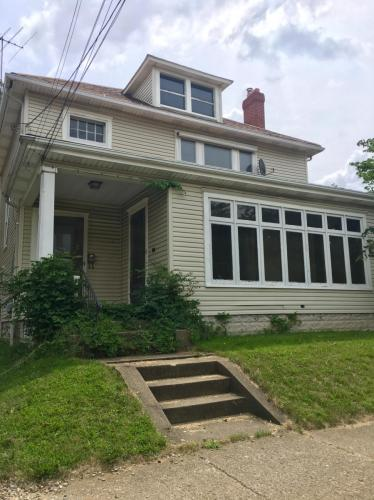 134 Broad Avenue NW #UP Photo 1