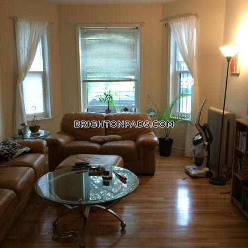 1706 Commonwealth Avenue Photo 1