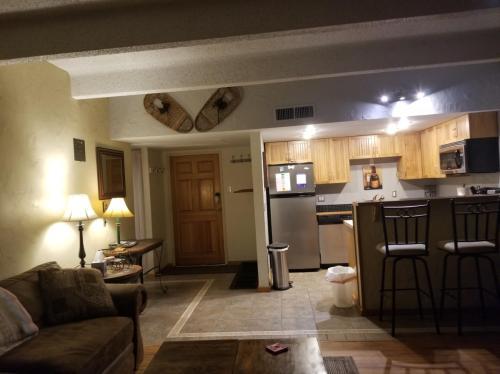 35 Wheeler Place #201 Photo 1