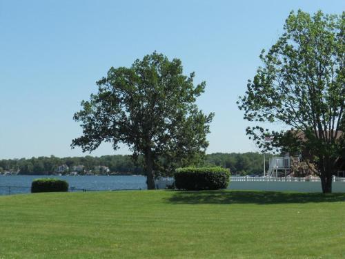 7 Mallard Cove Photo 1