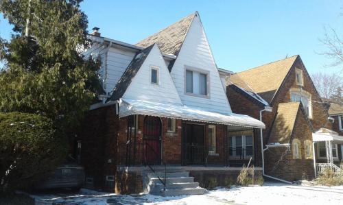 5767 Whittier Street Photo 1