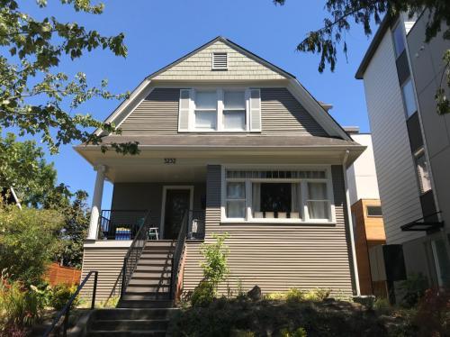 5232 12th Avenue NE Photo 1