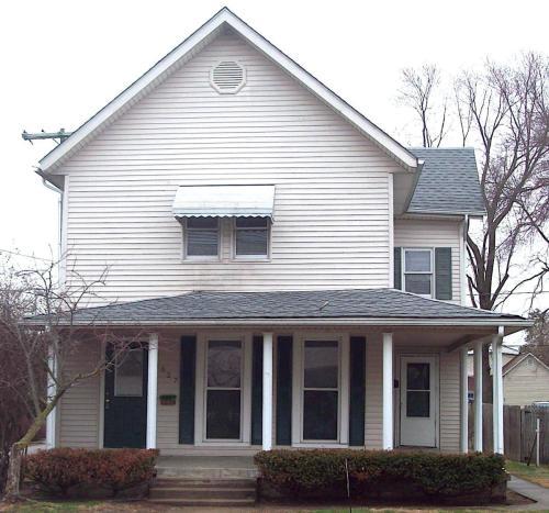 627 Chestnut Street Photo 1