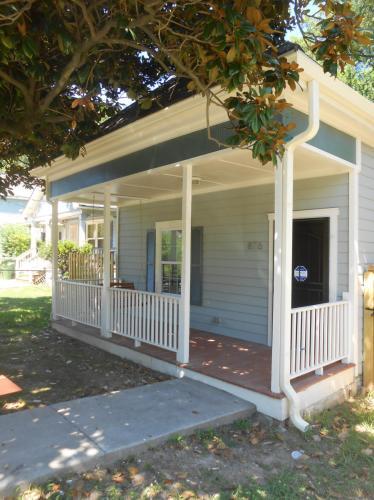 876 Hubbard Street SW Photo 1